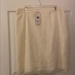 Jones New York Collection Cream skirt.